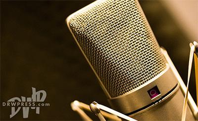 بهنام عباسیان , گویندگی نریشن, استودیو رویا وردپرس, رویا وردپرس, drwpress, royawp, dwp, تولیدات صوتی, نریشن, گوینده, موشن گرافیک, تیزر تبلیغاتی, میکروفن, استودیو ضبط صدا